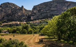 Picture greens, field, the sun, trees, mountains, rocks, France, home, valley, Alps, hay, tractor, Provence, Moustiers …
