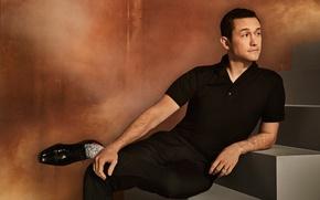 Picture pose, t-shirt, shoes, actor, stage, photoshoot, pants, in black, Joseph Gordon-Levitt, Joseph Gordon-Levitt, The Hollywood …