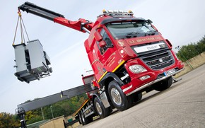 Picture the sky, trees, red, wall, body, Playground, cargo, DAF, DAF, Super Space Cab, stops, crane, …