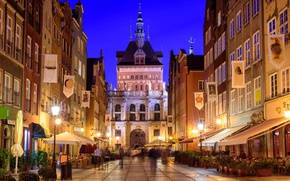 Picture night, lights, street, building, home, excerpt, Poland, lights, arch, architecture, passers-by, Gdansk
