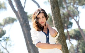 Picture look, trees, brown hair, Madalina Diana Ghenea