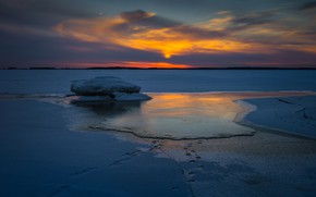Picture ice, winter, the sky, clouds, snow, landscape, sunset, traces, nature, the evening, floe, twilight, pond, …
