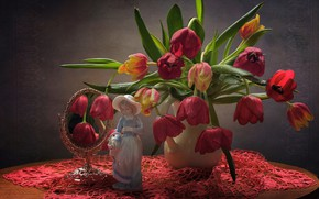 Picture flowers, table, background, mirror, tulips, vase, figurine, still life, red, tablecloth