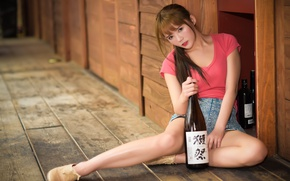 Picture girl, bottle, Asian