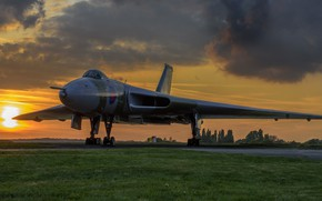 Picture aviation, sunset, Avro Vulcan, combat aircraft, winged machine