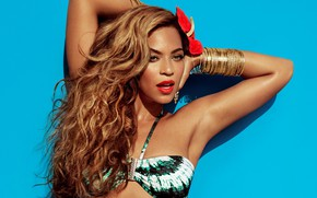 Picture singer, curls, Beyonce
