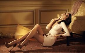 Picture girl, room, passion, model, figure, dress, the temptation, simone kerr