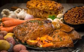 Picture meat, vegetables, carrots, garlic, potatoes, lentils