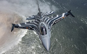 Picture fighter, F-16, easy, multifunction
