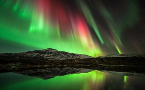 Picture the sky, water, stars, reflection, mountains, night, Northern lights, North