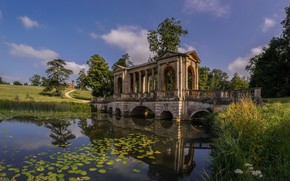 Wallpaper bridge, Buckinghamshire, England, Palladian Bridge, Stowe Park, gazebo, stream, river