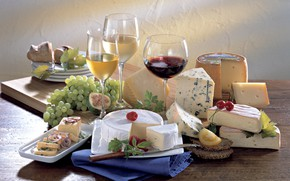 Picture wine, cheese, glasses, grapes, cuts