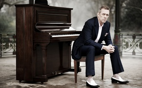 Wallpaper writer, piano, screenwriter, Hugh Laurie, Director, Royal., writer, Park, Hugh Laurie, actor, pianist, musician, writer, ...