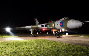 Picture light, aviation, lawn, Avro Vulcan, combat aircraft, winged machine