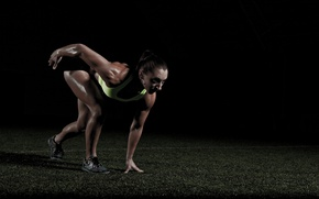 Picture brunette, female, athlete, Crossfit, Mary Lathrop
