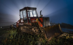 Picture light, night, tractor