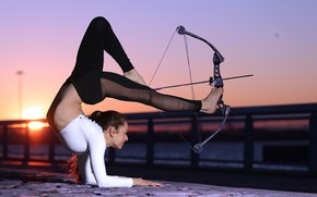 Picture girl, pose, bow, arrow
