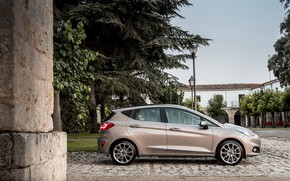 Picture road, auto, trees, the building, Ford, lights, Fiesta, Vignale