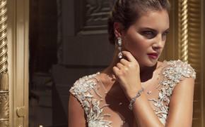 Picture look, style, model, hand, makeup, bracelet, Stephen Yearick