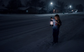 Picture cold, winter, loneliness, fear, street, girl, lantern