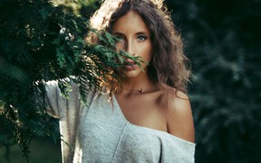 Picture greens, the sun, branches, nature, model, portrait, makeup, hairstyle, brown hair, in white, bokeh, Maxime …
