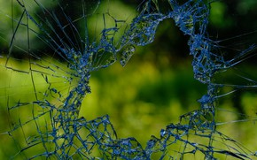 Picture glass, cracked, broken
