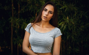 Picture greens, girl, background, makeup, brunette, hairstyle, t-shirt, the bushes, Sonia, Sebastian Grote