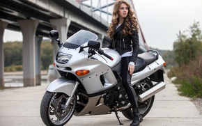 Picture girl, jacket, hairstyle, motorcycle, brown hair, bike, in black