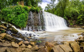 Picture lake, stones, waterfall