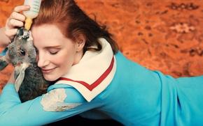 Picture girl, actress, kangaroo, Jessica Chastain