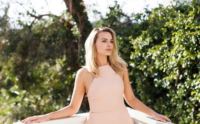 Picture the sun, trees, pose, makeup, actress, hairstyle, blonde, blouse, beauty, photoshoot, the parapet, bokeh, Margot …