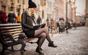 Picture girl, the city, coffee, shop, tablet
