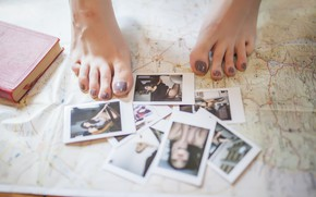 Picture photo, map, book, legs, Norte Suicide