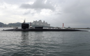 Picture SSGN 727, Ohio-class guided-missile submarine, USS Michigan