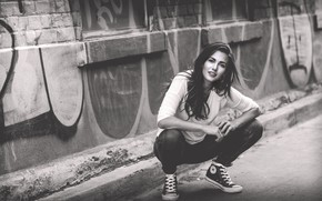 Picture Girl, The city, Wall, Graffiti, Sneakers, Black and white
