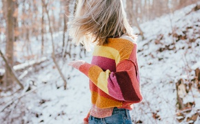 Picture girl, blonde, sweater