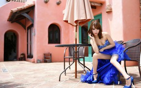 Picture look, face, dress, legs, cutie, table