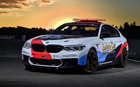 Picture sunset, MotoGP, 2018, flashers, Safety Car, BMW M5