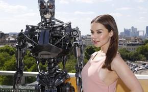 Picture robot, actress, Emilia Clarke, Emilia Clarke