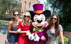 Picture the sun, smile, girls, Nina Dobrev, Nina Dobrev, Mickey Mouse, Candice Accola, Candice Accola, Kayla …
