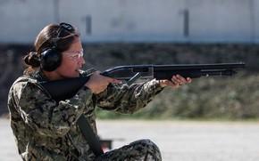 Picture girl, army, shotgun