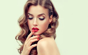 Picture model, lips, pose