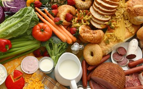 Picture sausage, milk, strawberry, bread, meat, vegetables, tomatoes, carrots, spaghetti, pasta, cuts