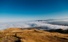 Picture clouds, people, height, mountain, journey