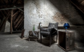 Picture glass, bottle, chair, attic