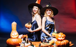 Picture girls, holiday, candles, outfit, pumpkin, Halloween