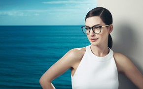 Picture sea, look, pose, actress, glasses, Anne Hathaway, Anne Hathaway