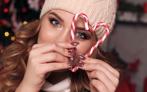 Picture girl, face, glare, hat, new year, hands, makeup, hairstyle, lollipops, fingers, brown hair, beauty, heart, …