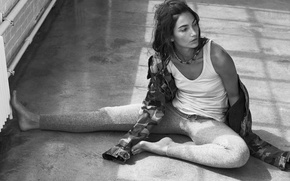 Picture Lily Aldridge, Lily Aldridge, 2016, at the photo shoot for Elle magazine IT