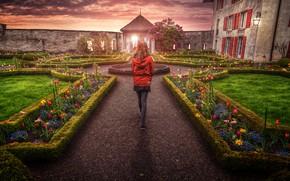 Picture flowers, house, treatment, girl, walk, Castle Garden